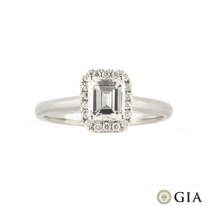 18k White Gold Emerald Cut Diamond Ring 0.74ct D/VS2